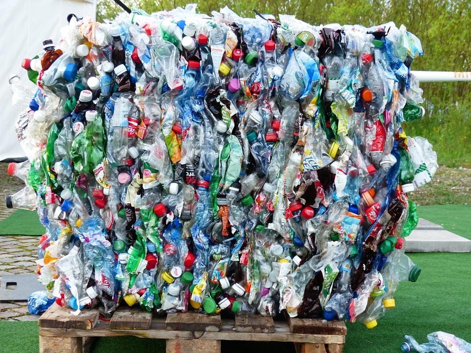 Макроэкономический обзор: Запрет пластиковых изделий: да или нет? + Памятка по сбору пластикового мусора!